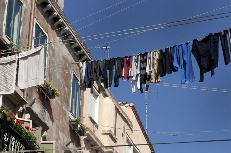 衣服多久洗一次才合適?最佳「清洗時間表」告訴你