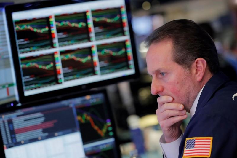 貿易戰擴大 美原油跌破60美元、道瓊一度跌400點