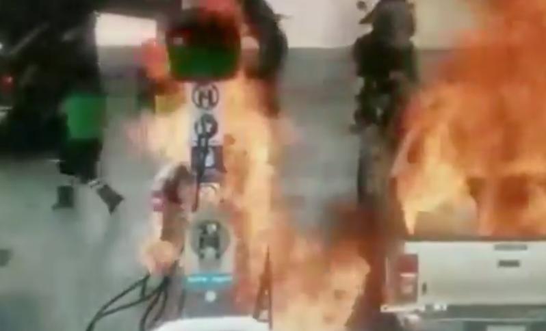 影/父載女兒自助加油 靜電引爆現場一片火海