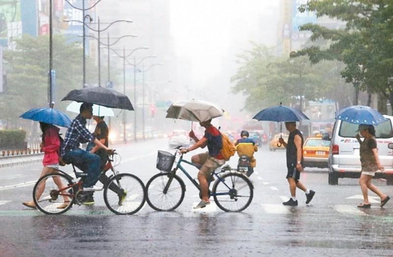 吳德榮:下周二梅雨季第四道鋒面抵達 天氣劇變