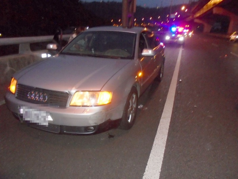 車沒油竟走向車道攔車 男被兩車連續撞慘死國道