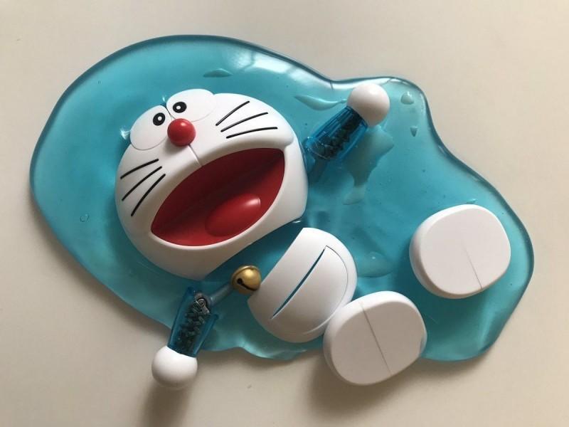日本破記錄高溫 網傳多啦A夢模型「熱到融」10萬網友被騙了!