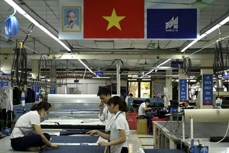 影/美中貿易戰這國收割戰果?GDP估十年後超新加坡