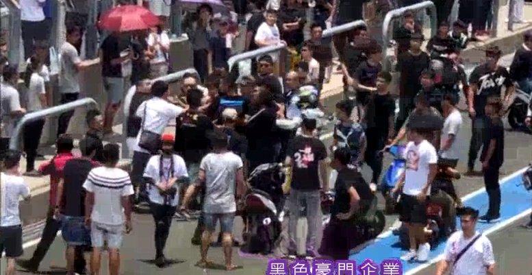 影/大鵬灣賽車場爆觀眾鬥毆 5打1全被警方送辦