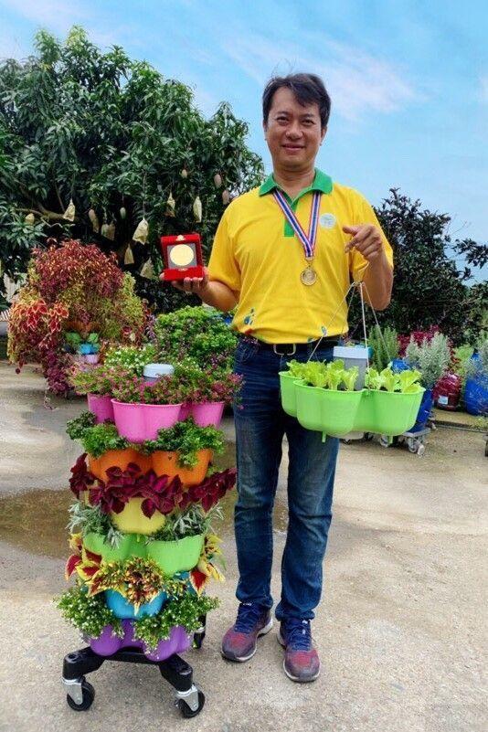 碩士農友發明「蚓菜共生植栽器」 國際拿金牌
