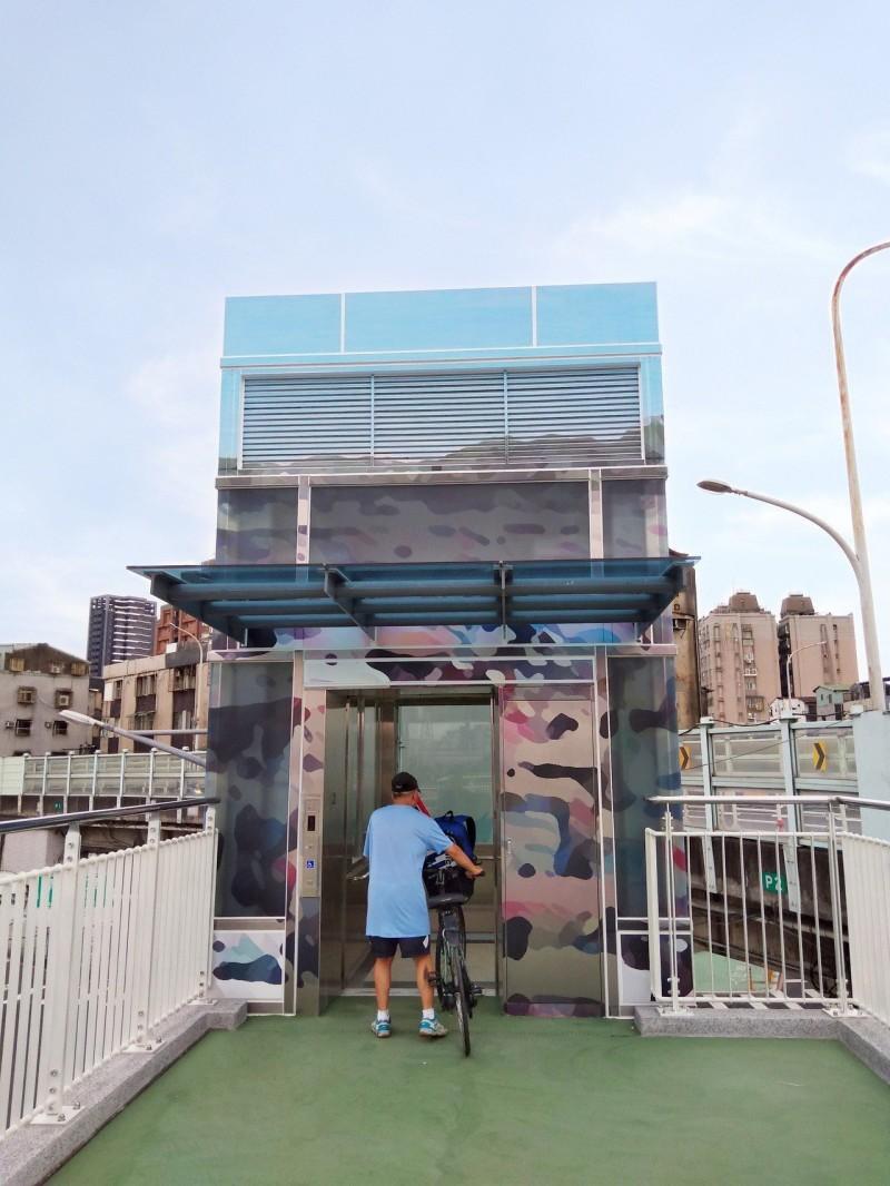 永和福和橋電梯完工啟用 雙北通行真Easy