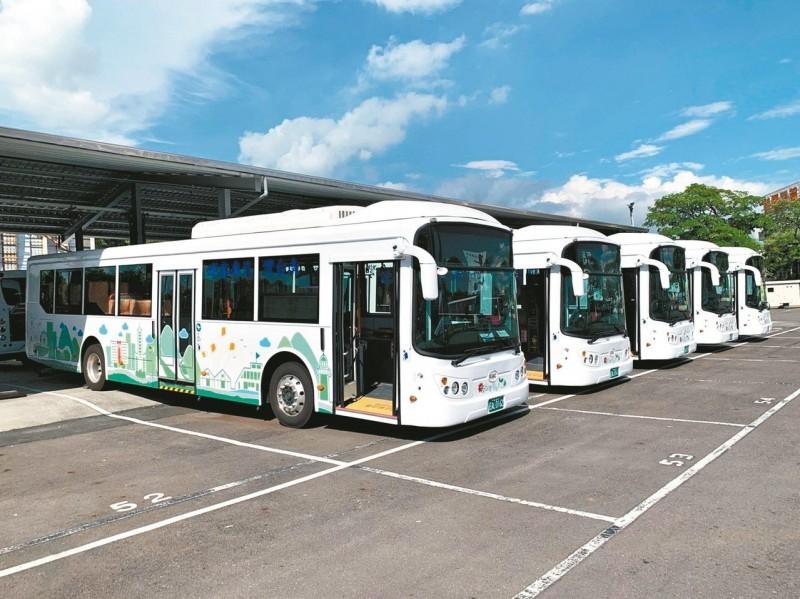 綠1公車上線 暢遊高雄新選擇