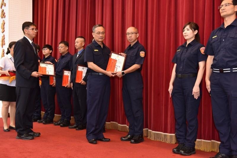 台南市警二分局家防官林碩德 榮獲全國紫馨獎肯定