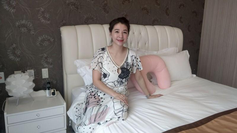 顏清標超美二媳婦亮相! 3月補辦婚宴年底拚3寶