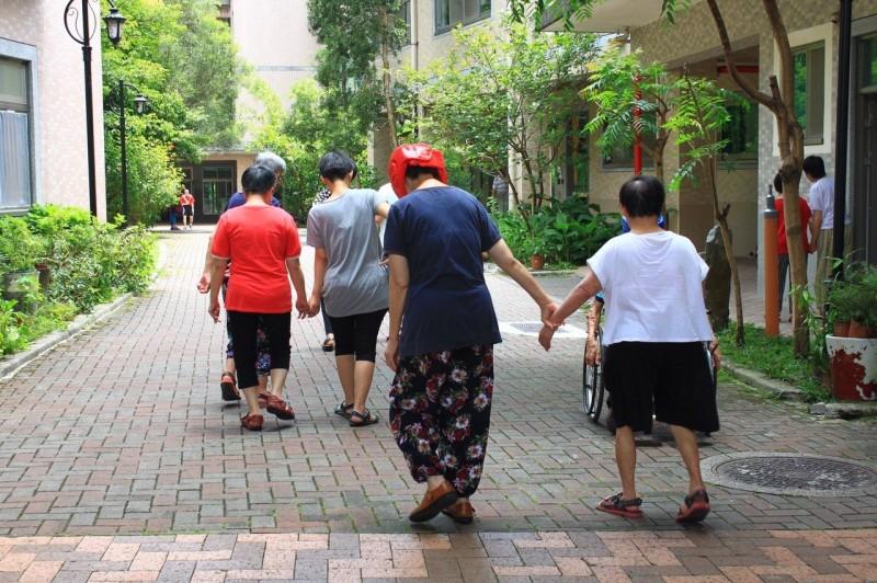 影/身障機構高齡化時代來臨 竹縣華光急募款修繕