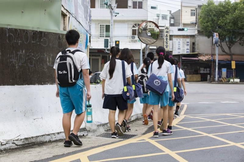 給學子一條安全的路 竹市內湖國中通學步道動工