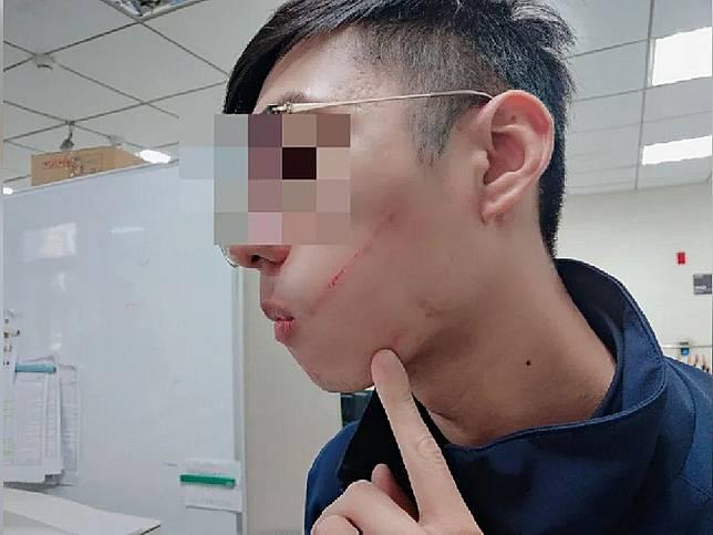 不戴口罩硬搭公車惹禍 婦人動手致警察破相
