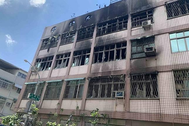 名醫住處火警5死 疑2樓梯間起火阻斷生路