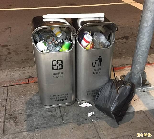 北市府大砍人行道垃圾桶 未來只剩約1000組