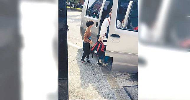 30孩童擠一台廂型車 家長痛批幼兒園罔顧生命