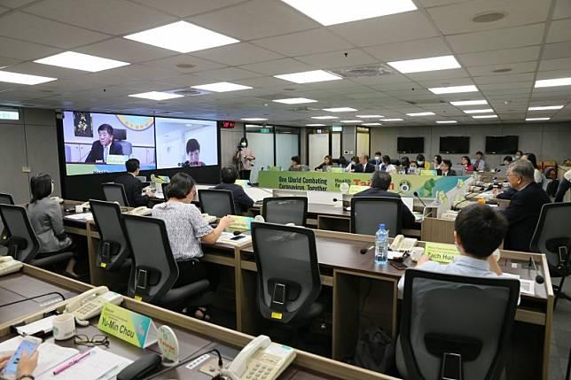 台灣怎麼做? 陳時中、唐鳳辦14國視訊防疫檢討 各國超好奇