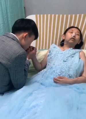 25歲癌末女最後心願「見母一面」 網友集氣找到媽媽了