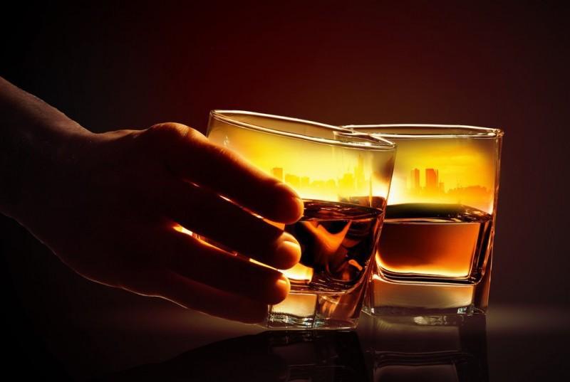 飲酒致癌,卻難免小酌怎麼辦?這種方法可以降低風險